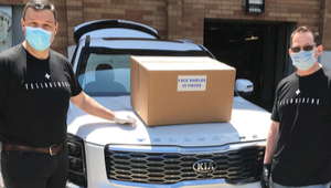 Kia employees delivering face masks