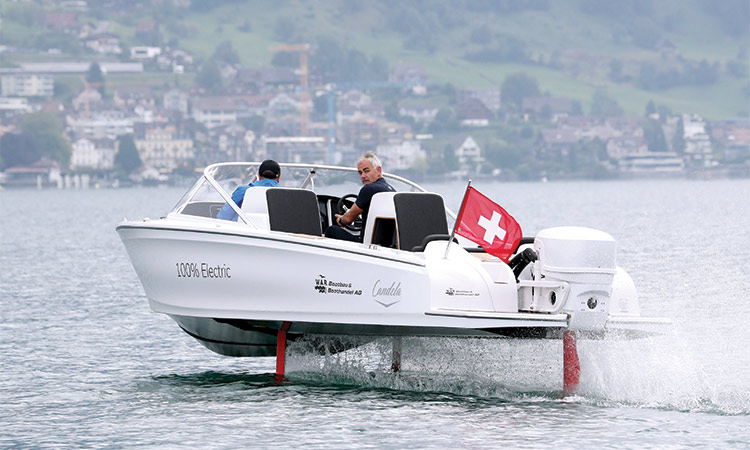 Flying-Electric-boat