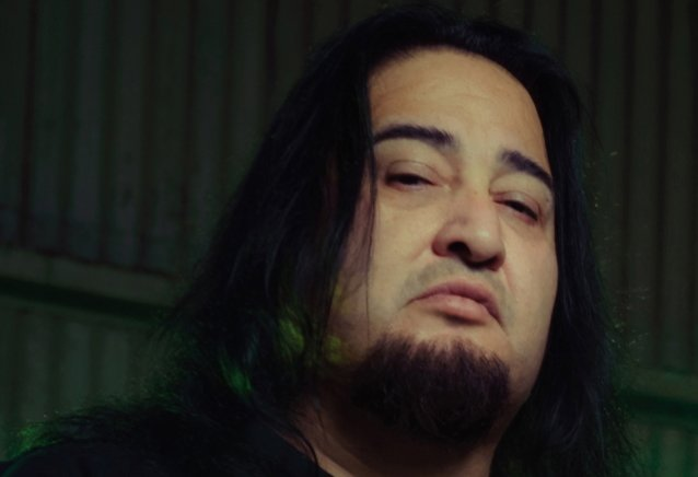 FEAR FACTORY's DINO CAZARES Sets Record Straight Regarding Fundraising Campaign: 'It Is Not A Scam'