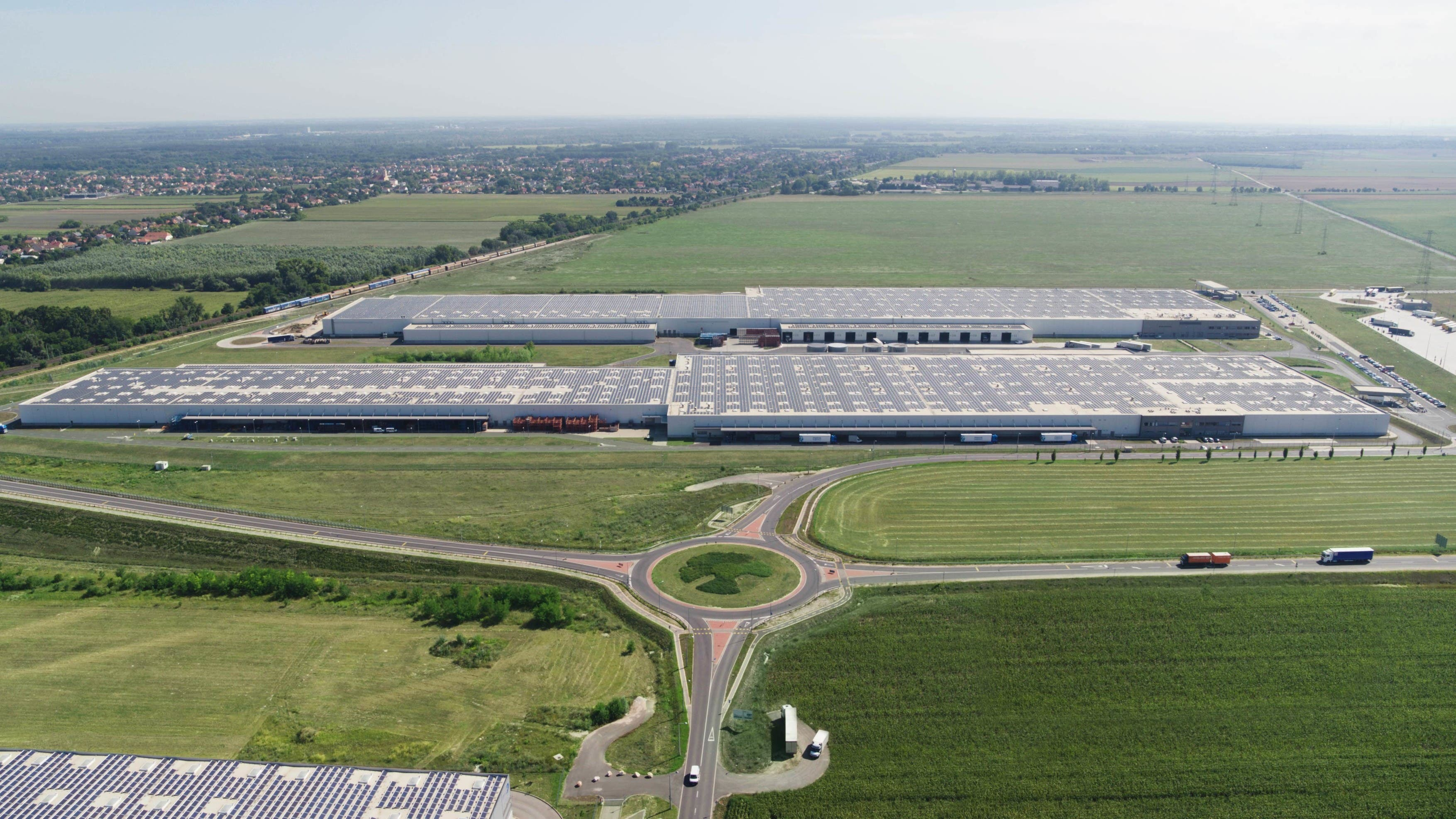 Largest rooftop solar PV system in Europe