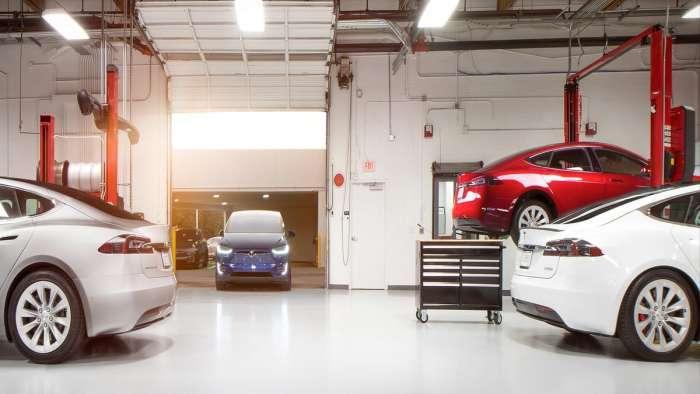 Tesla service bay