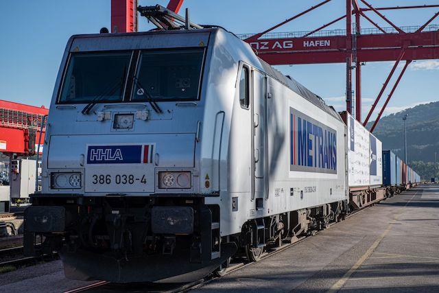 cargo partner Lenzing Blocktrain 04 copy