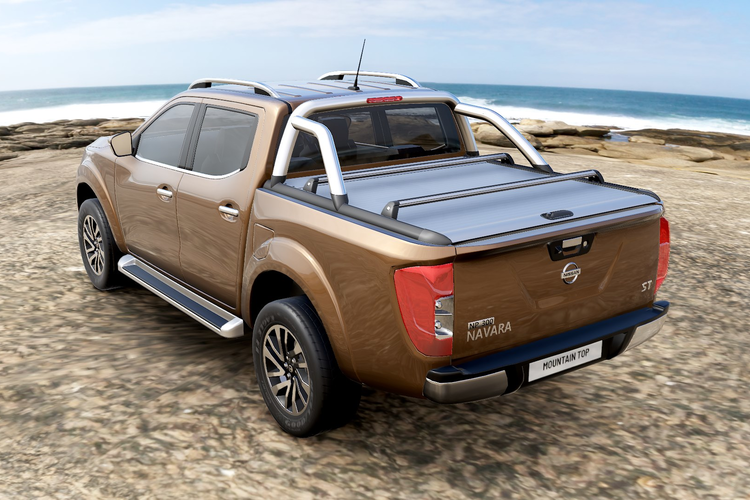 Mountain Top aluminum roll cover for pickup truck.