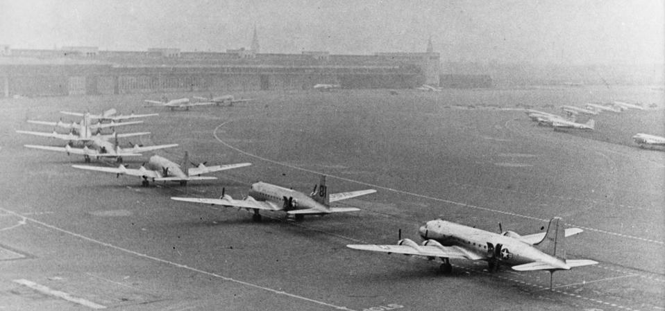 Nov 1948: over 300,000 U.S., British and French cargo planes were used to transport daily goods and food to the former German capital following the blockade by the Soviet Union