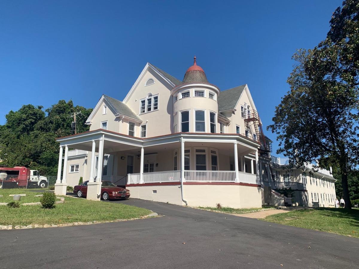 Barton Mansion