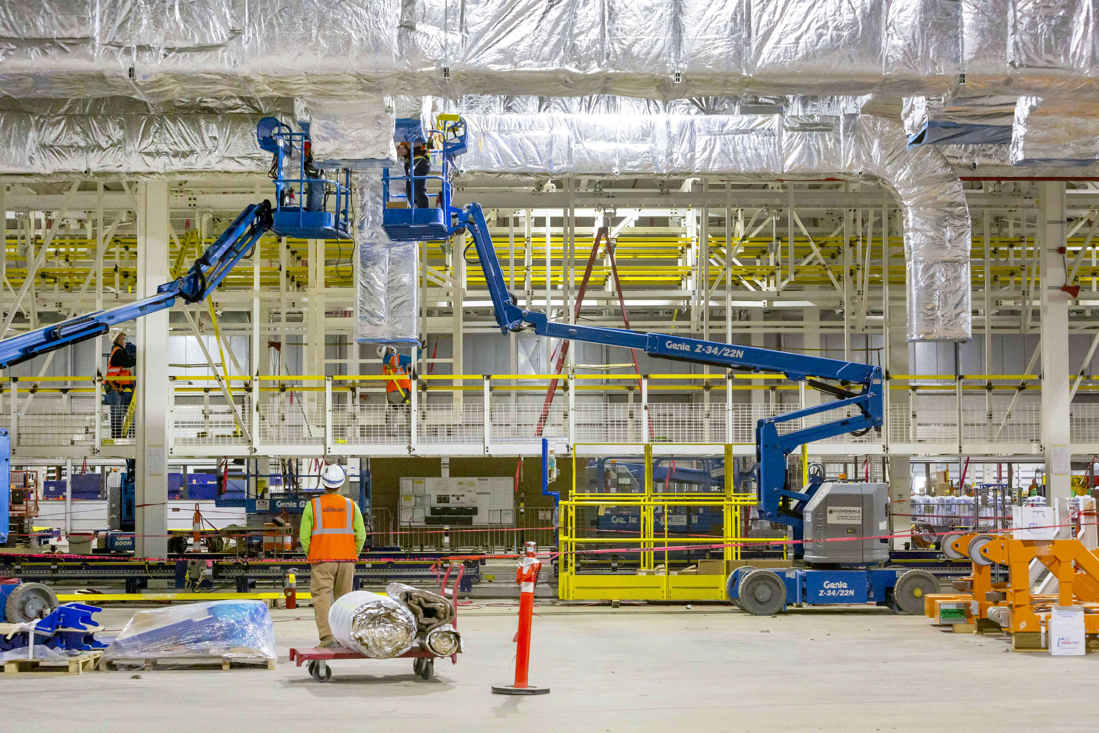 Factory Zero is completely retooled with an investment of USD2.2 billion, the largest ever for a GM manufacturing facility. Once fully operational, the plant will create more than 2,200 US manufacturing jobs.