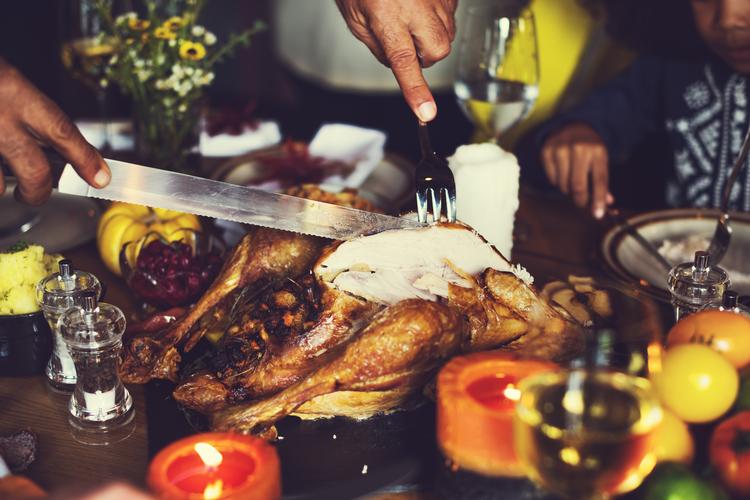 Carving Thanksgiving turkey