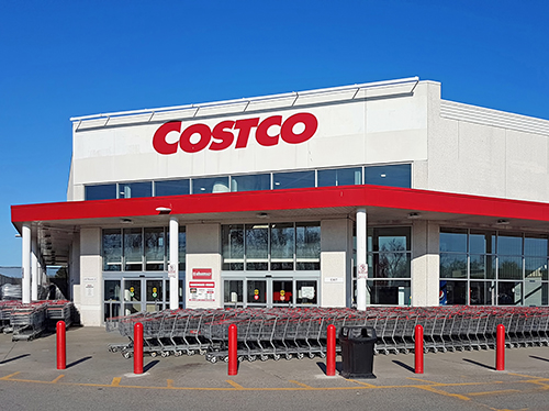 After holding off, Costco has announced that it will be testing grocery curbside pickup in the Albuquerque, New Mexico, market