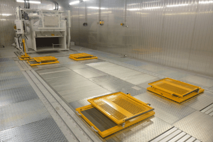 Barometric and climatic 4wd test chamber can simulate altitudes up to 5,000 metres